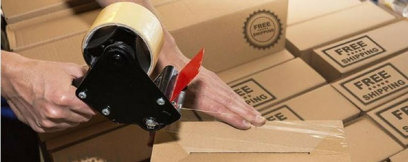 sealing boxes with tape