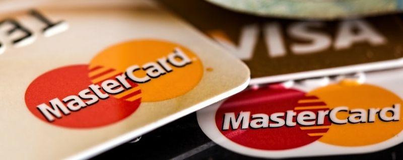 Close up of credit card-min - SingSaver