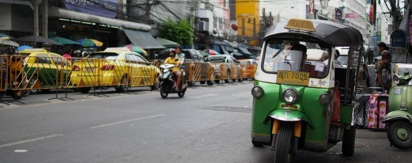 tuk tuk and taxis - SingSaver