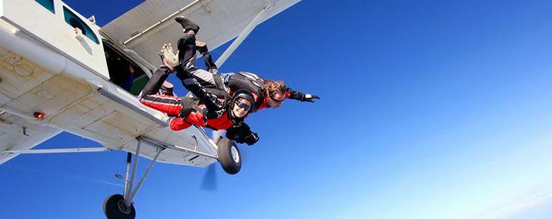 sky diving, adventure, thrill seeker, travel -SingSaver
